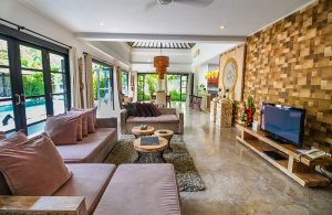 The Residence Seminyak - Villa Senang - Living, dining and kitchen