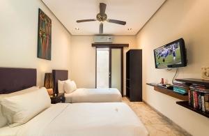 Villa Siam - Bedroom two interior
