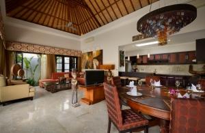 The Residence Seminyak - Villa Amman - Dining area
