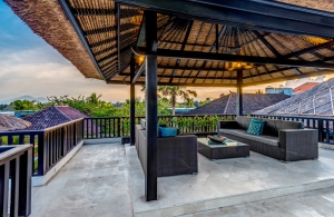 The Residence Seminyak - Villa Jepun - Upstair bale
