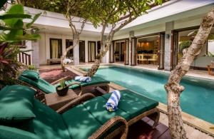 The Residence Seminyak - Villa Siam - Pool deck